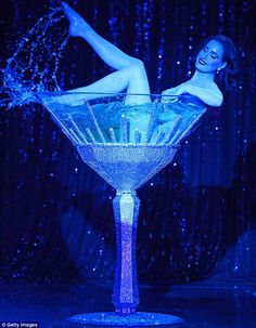 Dita Von Teese splashes around in her huge Swarovski martini glassSparkling: The burlesque performer splashed around in a cocktail glass crystallized with glass jar crafts DIY Mason Jar Cocktail Glassespainted glass jar crafts DIY Dita Von Teese Burlesque, Dita Von Teese Style, Dita Von Teese Show, Cabaret, Martini, Dita Von Tease, Estilo Pin Up, Vintage Burlesque, Doja Cat