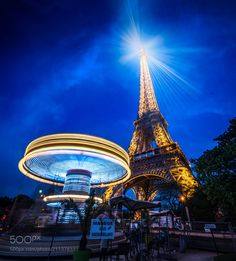 Carousel of the Eiffel Tower by RamelliSerge