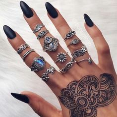 The online destination for bohemian jewellery Nail Jewelry, Cute Jewelry, Bohemian Jewellery, Bohemian Rings, Nail Ring, Best Nail Art Designs, Nagel Gel, Black Women Fashion, Woman Fashion