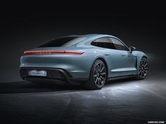 Porsche adds the Taycan to the electric family, the third version of the sport sedan. It was only in September that the new electric sports car from Porsche… Porsche Taycan, Porsche Models, Porsche Electric, Porsche Dealership, Electric Sports Car, Electric Vehicle, Macan S, Autos, Sports