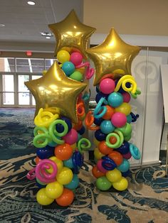 Balloon Arrangements, Balloon Decorations, Balloon Columns, Creative, Party, Christmas, Ideas, Parties Kids, Decorations