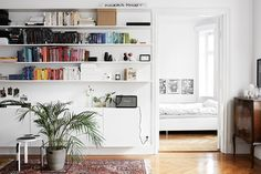 Oracle, Fox, Sunday, Sanctuary, Boy, Meets, Girl, Scandinavian, Interior, Bedroom, Bookcase