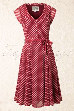 Collectif Clothing Violet Polka Dot Dress in Red - fashion inspiration Vintage Outfits, Vintage Style Dresses, Vintage Fashion, Red Fashion, Dress Vintage, Cute Dresses, Beautiful Dresses, Casual Dresses, Fashion Dresses