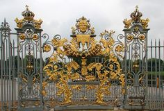 Hampton Court Palace picture, by rbrum for: fence me photography contest Palace Uk, James Park, Richmond Upon Thames, Palace Interior, Tudor Rose, Baroque Art, Grades, Hampton Court, Grand Homes