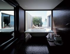 Decoração de casas de banho: 5 zonas de banho de sonho