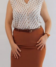 Ζώνη Δερμάτινη Λεπτή με Χρυσή Τόκα Mini Skirts, Fashion, Moda, Fashion Styles, Mini Skirt, Fashion Illustrations