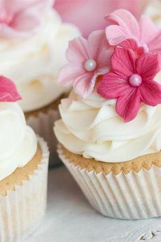 Cute floral cupcakes