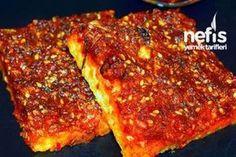 Biberli Ekmek (Acılı Ekmek) Tarifi Turkish Recipes, Italian Recipes, Ethnic Recipes, Fish And Meat, Fish And Seafood, Kurdish Food, Turkish Sweets, Chili, Turkish Breakfast