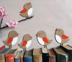 Wohndekoration: Kleine Piepmätze, Vögel / wall and living accessory, little bi. Bird Crafts, Animal Crafts, Flower Crafts, Easter Crafts, Felt Crafts, Diy And Crafts, Crafts For Kids, Arts And Crafts, Paper Birds