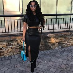 Tap for outfit details. Stylish Outfits, Cute Outfits, Fashion Outfits, Womens Fashion, Urban Outfits, Skirt Fashion, Tammy Rivera, Queen Fashion, Edgy Style
