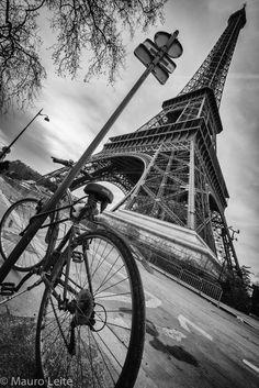 """""""Parisian life"""" by Mauro Leite"""