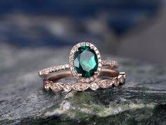 emerald-wedding-ring -set-001