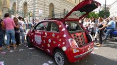 Ecco la Squinkies Car in giro per l'Italia. Un evento legato al lancio di Squinkies, il giocattolo mania che negli stati uniti ha segnato record di vendita e vinto il Toys Award