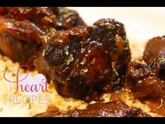 Looking for a slow cooker BBQ recipe? These fork-tender BBQ oxtails are slow-cooked to perfection. You've got to try this easy recipe! Oxtail Recipes Crockpot, Slow Cooker Recipes, Crockpot Recipes, Cooking Recipes, Cooking Videos, Slow Cooker Pork Loin, I Heart Recipes, How To Cook Beef, Crock Pot Cooking