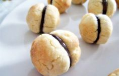 Baci di dama, a popular Piemontese dessert you can find in any bakery.