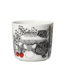 Cups & mugs - Dishware - Tableware - Finnish Design Shop Marimekko, Dark Tree, Fresh Coffee, Coffee Cups, Designer, Scandinavian, Mugs, Tableware, Pattern