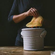 sticky scoby + handcrafted crock + @bliu07 crazy creativity + tea & time = kombucha! #lejusdorange #handsinframe #PotsInAction Fermentation Crock, Stoneware Crocks, Kombucha, Tea Time, Homemade, Cooking, Diets, Recipes, Creativity