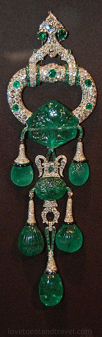 Cartier London, Pendant Brooch, 1923  and altered in 1928, Cartier New York.