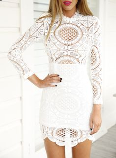 White Long Sleeve Hollow Lace Dress 23.59