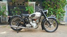 Bursa motor tua norton bigfour