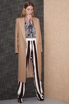 Stella McCartney Pre-Fall 2013 Fashion Show - Julia Frauche