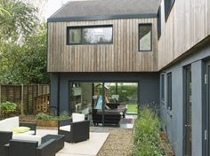 Extended and renovated contemporary family home in Ewshot, Farnham. Created by Kate Stoddart LTD - Chartered Architectural Practice - Call 01252 851004 Wall Exterior, Exterior Remodel, Latest House Designs, Cool House Designs, Style At Home, Rendered Houses, Timber Cladding, Home Design Plans, Good House