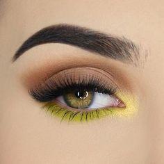 Makeup Eye Looks, Eye Makeup Art, Cute Makeup, Makeup Inspo, Makeup Inspiration, Makeup Tips, Simple Eyeshadow Looks, Makeup Ideas, Makeup Drawing