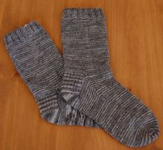 Chose promise, chose dûe Knitting Socks, Knit Crochet, Slippers, Wool, Points, Alpacas, Info, Crafts, Inspiration