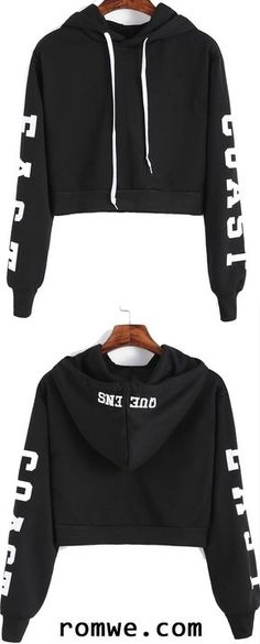 ROMWE offers Black Hooded Letters Print Crop Sweatshirt & more to fit your fashionable needs. Teen Fashion Outfits, Sport Outfits, Cool Outfits, Casual Outfits, Leila, Mein Style, Cute Crop Tops, Sweater Jacket, Hoodies