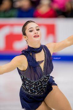 The Best Ice Skating Photos Figure Skating Olympics, Figure Skating Outfits, Figure Skating Costumes, Hot Figure Skaters, Kaetlyn Osmond, Ice Girls, Surf Girls, White Bralette, Skateboard Girl