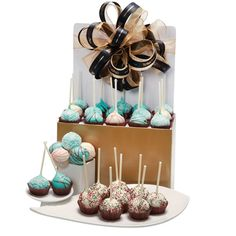 Homemade cake pops are a mouth-watering treat! 30 pieces in an order with a selection of vanilla, chocolate, and red velvet flavours. Happy Birthday Canada, Red Velvet Flavor, Canada Day, Homemade Cakes, Cake Pops, Vanilla, Treats, Colour, Shower