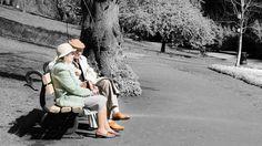 Viele Paare geraten im Laufe ihrer Beziehung an einen Punkt, an dem ungeklärte Probleme zu Trennungsgedanken führen. Eine Paartherapie kann dabei helfen, negative Kommunikationsmuster zwischen den ...