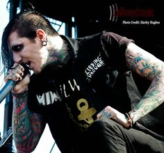 Motionless In White photoset from Welcome To Rockville (CREDIT:HARLEY HUGHES)