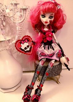 monster high valentines day coloring pages
