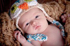 Cute Owl Hat! Newborn posing ideas. Newborn Photos! The Best Newborn Photographer in Utah.