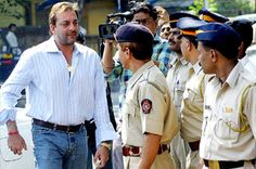 Bollywood stands by Sanjay Dutt - Hindustan Times