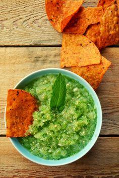 Family Feedbag: Fresh tomatillo and mint salsa