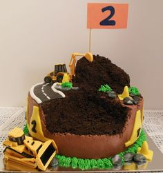 Construction Cake... uh oh! Looks like someone needs Bob the Builder. lol
