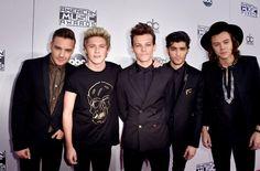 Pin for Later: 30 steinreiche Stars – die noch nicht mal 30 sind! One Direction, 21-23 Geschätztes Vermögen: 100 Millionen USD (ca. 89 Millionen Euro)