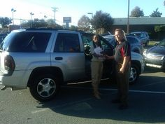 Folger Subaru Internet Sales Consultant Lavon Rhames with Ms. Oliver and her 2007 Chevy Trailblazer SUV!
