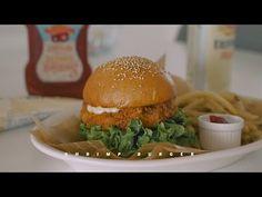 I Made a Real Shrimp Burger | Honeykki 꿀키 - YouTube Shrimp Burger, Eggs In Peppers, Garlic Aioli, Egg Wash, 2 Eggs, Slow Living, Cooking Videos, Diy Food, Hamburger