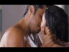Alia Bhatt Arjun Kapoor Hot Shower Scene in 2 States!