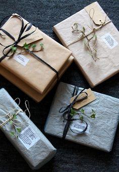 christmas present | christmas wrapping