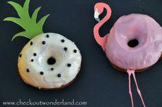 Donuts, Diy Food, Doughnut, Desserts, Vanilla, Flamingo Costume, Recipies, Frost Donuts, Tailgate Desserts