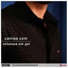 A camisa com estampa em gel e efeito degradê é a escolha certa para quem tem medo de ousar, mas quer investir em detalhes que fazem toda diferença. #estiloaramis #aramismenswear