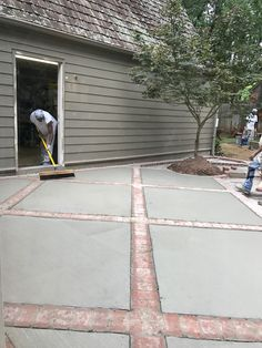 Trendy ideas for landscaping driveway circle stamped concrete The Effective Pictures We Offer You About patio lights A quality picture can tell you many things. Concrete Patios, Concrete Patio Designs, Concrete Bricks, Cement Patio, Brick Pavers, Stamped Concrete Driveway, Concrete Walkway, Poured Concrete, Brick Driveway