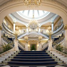 Palace Main Entrance Lobby : Ready to Render, Extremely detailed scene Of a luxury Entrance Lobby Palace Interior, Mansion Interior, Dream House Interior, Luxury Homes Dream Houses, Luxury Homes Interior, Dream Home Design, Home Interior Design, Modern Interior, Escalier Art