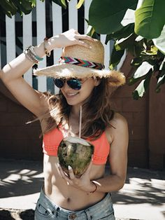 Whitney's Wonderland UK Top Fashion Blogger wears Triangl Bikini and Seafolly hat via Revolve