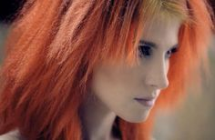 Hayley in the video for Monster Paramore, Hayley Williams Style, Hayley Wiliams, Jeremy Davis, Baby Bangs, Taylor York, Crimped Hair, Digital Art Girl, Black Veil Brides