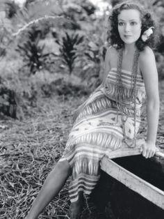 Dolores del Rio looking amazing!